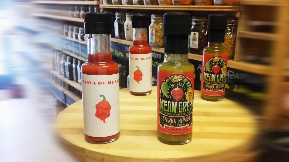 Sally Pepper preseta las nuevas Salsas Sierra Nevada: Pasta de Reaper y Salsa Mean Green Edición Limitada.
